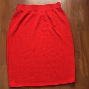 ST.JOHN.  Like NEW.   Pencil skirt.  Size 12